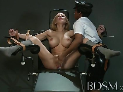 BDSM XXX Slave unsubtle gets culminate from infuriated Mistress